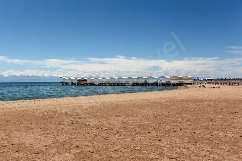 пляж отеля Радуга Иссык Куль